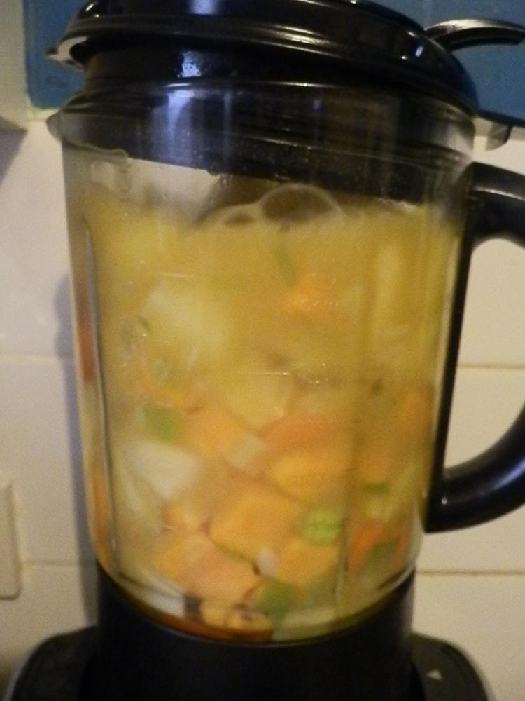 Creamy Veg Soup (5/6)