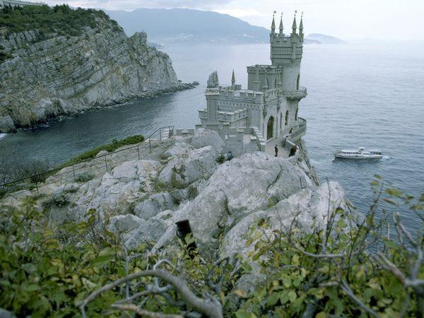 castles-neo-gothic_2916_600x450