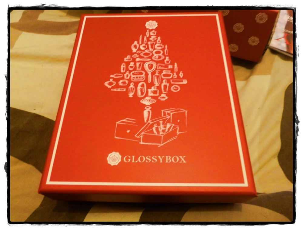 Have you missed me? GlossyBox Monthly Review – December (1/6)