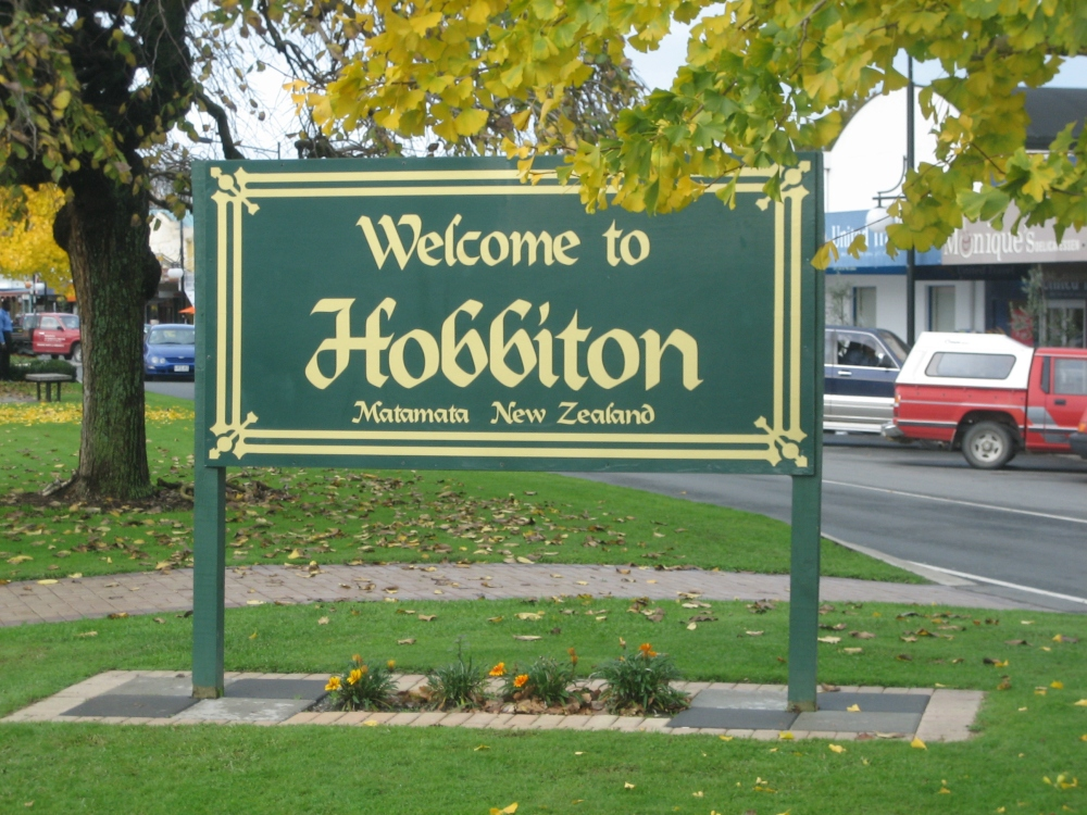 H is for Hobbiton - Places I Dream of Seeing. (2/5)