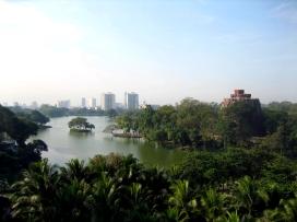 Kandawgyi_Lake,_Yangon