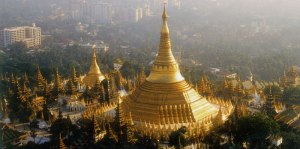 Mystical-Shwedagon-Pagoda-in-Myanmar-4