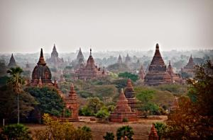 sunset-in-bagan