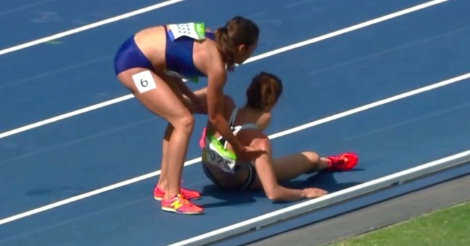 nikki-hamblin-abbey-dagostino-runners-collide-help-rio-olympics-dh6